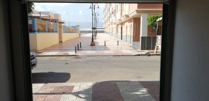 Local en venta en Las Marinas (Roquetas de Mar)