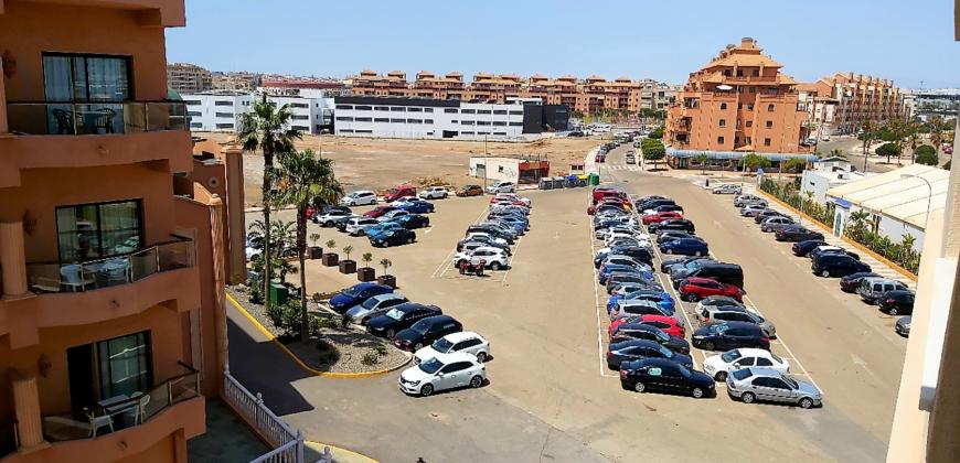 Piso en venta en Las Salinas, Roquetas de mar (Almería)