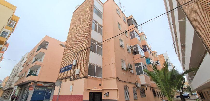 Piso en alquiler en Los Ángeles (Almería)