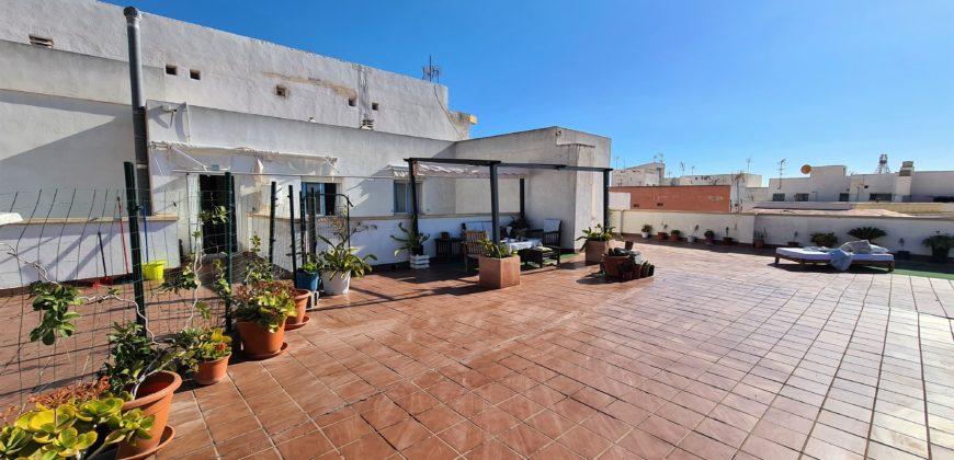 Precioso Ático en el Casco Histórico de Almería