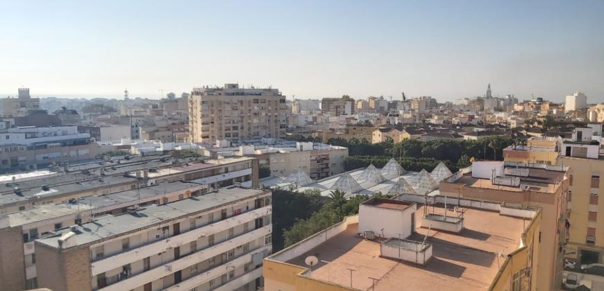 Piso en Venta en Los Ángeles, Almería.
