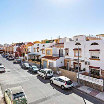 En venta piso en Aguadulce Sur (C/ Don Juan de Austria)
