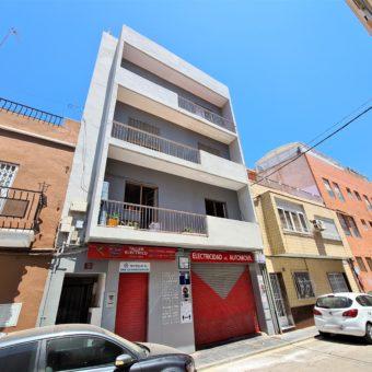 Se vende piso en zona Av. Santa Isabel